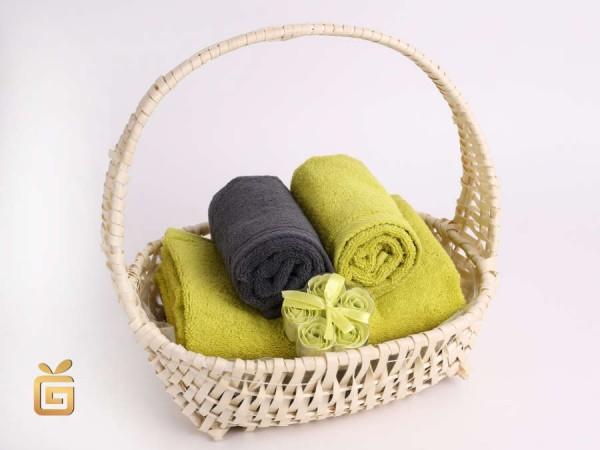 Handtücher Geschenkkorb mit Baderosen in grün schenken